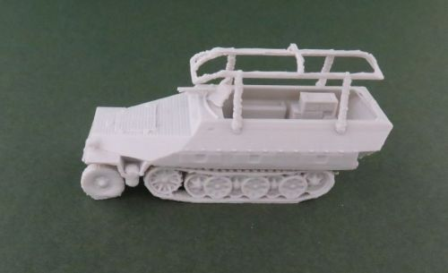 Sd Kfz 251/3 or 6 Command halftrack (1:48 scale)