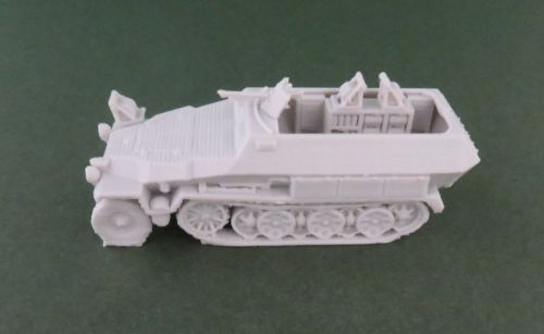 Sd Kfz 251/11 cable layer halftrack (1:48 scale)