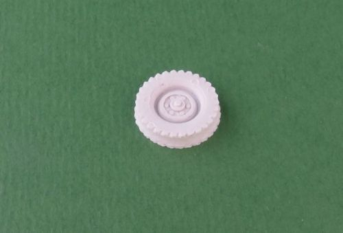 Land Rover wheels (1:48 scale)