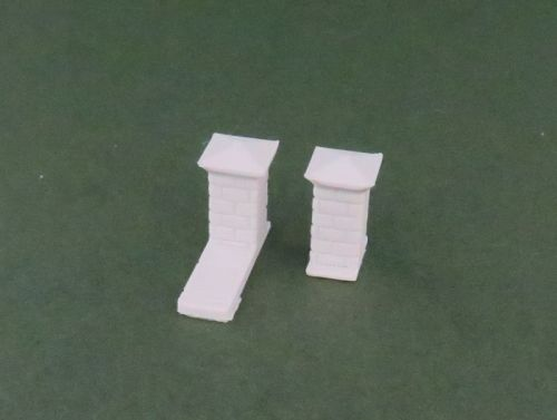 Low Brick Wall Pillars x10 (28mm)