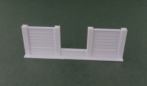 Shiplap Fence with Hole (15mm)